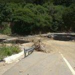 Tramo carretero de Padres Las Casa Guayabal construido por el gobierno por 3000 millones de pesos esta deteriorado