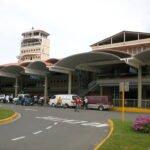 Un avión de Delta Airlines retorna en emergencia a Santiago tras averiarse una turbina cuando viajaba  a New York